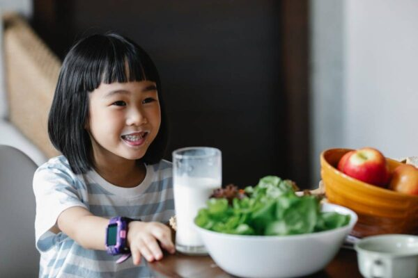 What Food Should Children's Diet For Breakfast, Lunch, And Dinner?